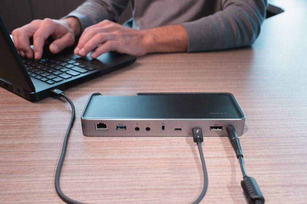 SD5200T Thunderbolt 3 Docking Station Image