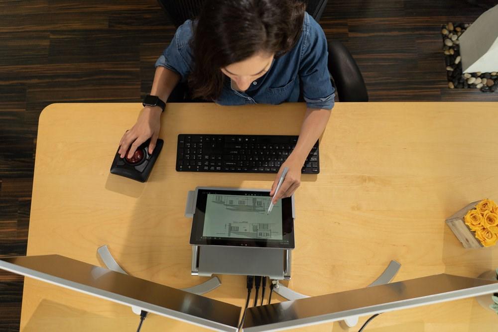 The Ultimate Desktop Experience for Surface Pro | Kensington