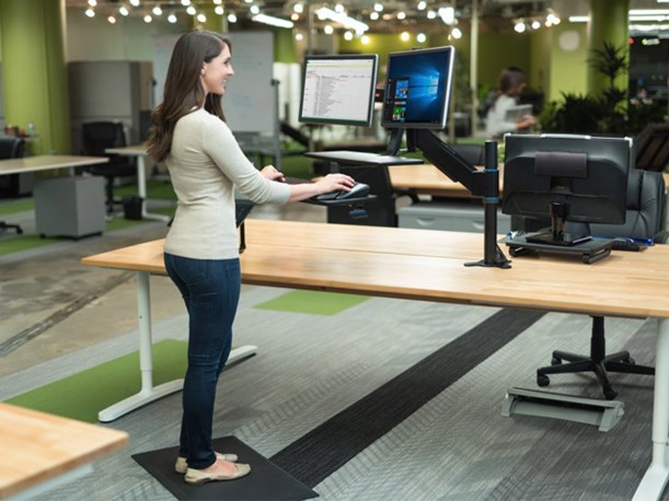 The Role Footrests and Anti-Fatigue Mats play in Healthy Office Ergonomics
